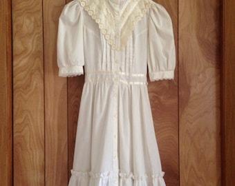 Authentic vintage all white GUNNE SAX DRESS by Jessica San Francisco - Junior size 5 - Extra Small Teen or Petite - Prairie Hippie Lolita