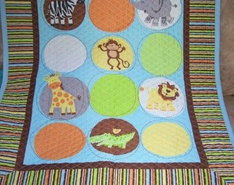 zoo blue quilt