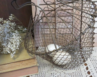 Antique Wire Egg Basket - Primitive Egg Basket, Farmhouse Decor Basket Kitchen