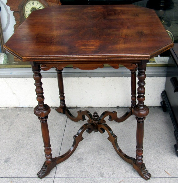 Neoclassical Occasional Table burled walnut