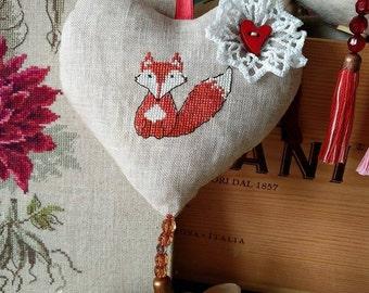 Heart shape home décor with little fox décor