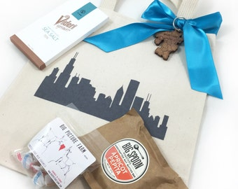 Set of 12 Chicago Skyline Wedding Favors, Custom Screen Printed Canvas Tote Bags For Wedding Guests