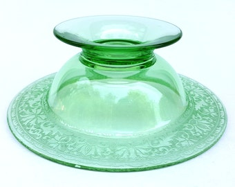 Vintage green glass compote pedestal footed bowl pretty applied lace glass pattern