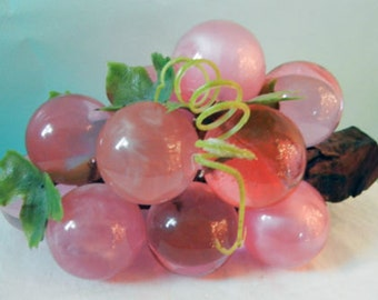 Vintage 1950s Lucite grape cluster PINK - pearlescent and transparent, retro, kitsch