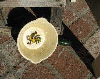 Metlox Poppytrail Green Rooster Double Spout Gravy/Sauce Server