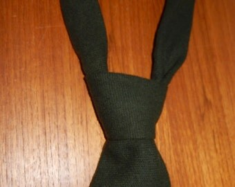 Vintage Highland Mist Wool Necktie in Deep Moss Green - Made in Britain