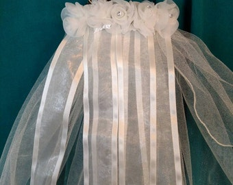 Ivory Veil With Flowers And Ribbons