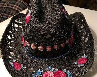 Shabby Chic, Woman in Black, Rodeo Cowgirl Hat!