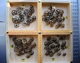 Vintage clock gears / Set of 21 / BRASS Gears wheels with spring / alarm clock parts / Robot mix parts / brass gears / steampunk gears uzsk