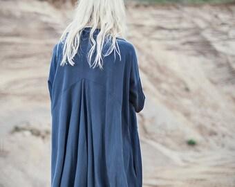 Oversize dark blue midi length shirtdress with big pockets, long sleeve oversized dress, oversized shirt
