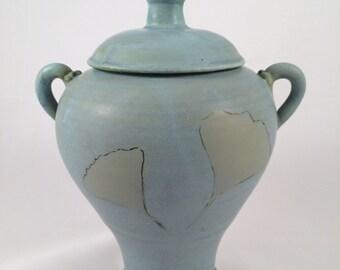 small ginko urn