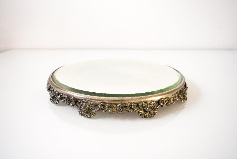 Vanity mirror antique mirror vanity tray beautiful antique for Antique vanity with round mirror
