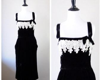Vintage Velvet Lace Wiggle dress