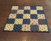 Quilted Candle Mat, candle mat, quilted table topper, table topper, quilted table decor, quilted table linens, table linens