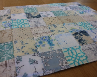 Set of 4 - Patchwork Placemats - Quilted Placemats - Blue and White Spring Placemats - Shabby Chic - Low Volume Quilt - Mother's Day Gift