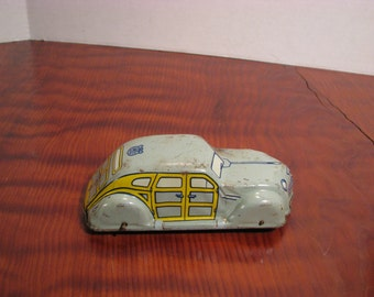 Vintage 1950s J Chein Woodie Sedan Tin Wind Up Car H310