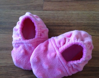 Minky Dot Baby Booties