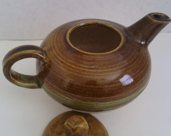 Stoneware Tea Pot