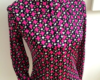 Rare 1960s Mod Top with Super Groovy Collar (S/M Fit)