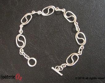 Yin Yang bracelet,  silver chain bracelet, Silver yin and yang bracelet, hand made by BijouterieOz.