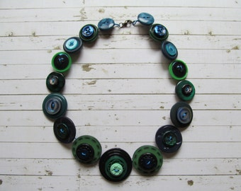 Button Necklace Dark Blue and Green Button Necklace Button Necklace, Retro Vintage