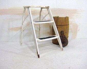 Vintage Step Ladder, Industrial Step Stool, Kitchen Step Stool, Chippy Green and White Metal Three Step Ladder, Plant Stand