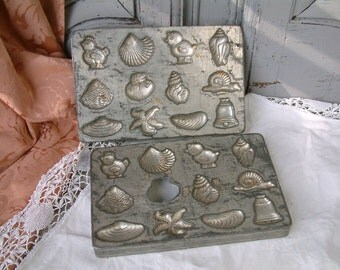 Set of 2 French vintage chocolate molds. Chocolate candy mold. Easter chocolate. Seashells. Starfish. Chicks. Snails. Christmas chocolates.