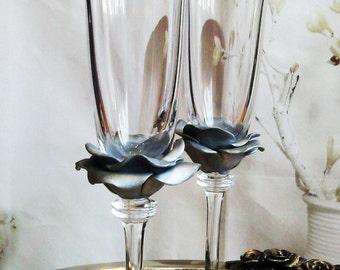 Wedding Glasses Silver Rose Champagne Flutes Hand Decorated Set of 2 Cake serving set