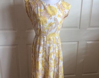 1950s yellow flower printed dress M