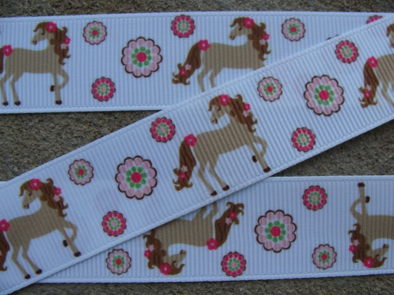 7 8 horse ribbon by the yard country girl horses pink for Wholesale horseshoes for crafts