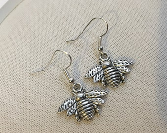 Nature Bee Charm Earrings - Steampunk Charm Silver Jewellery