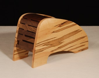 Small Horizontal Knife Block..Just right for those with limited counter space.