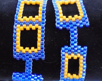 blue and gold bracelet, delica beads, toggle clasp, yellow, blue, window bracelet