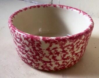 Robinson Ransbottom RRP Roseville spongewear pink crock