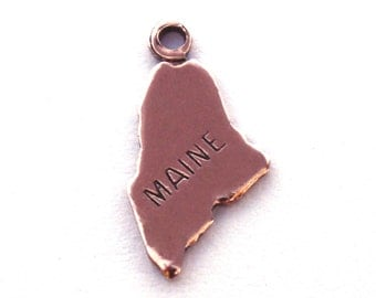 2x Rose Gold Plated Engraved Maine State Charms - M131-ME