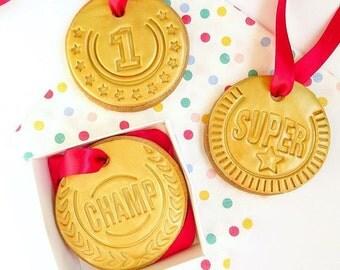 Medal sugar cookies