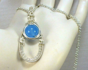 Pendentif Malay - wire wrapping et jade bleu