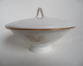 Rosenthal bonboniere,Rosenthal Studio Line,bonboniere,porcelain candy box,fine porcelain box,Rosenthal Germany,german Vintage trinket box