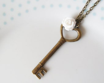 Cute Bronze Heart Key & Flower Necklace, Pendant, Charm, Pretty, Vintage Style, Love Heart, Valentine, Key to My Heart