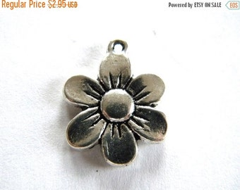 SALE 10 Silver Flower Charms - 14mm