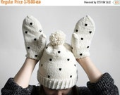 20% OFF SALE/ handmade cute natural white set of mittens and pom pom hat from wool with black heart  shaped studs