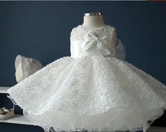 2016 New Design Handmade White Tulle and Satin Puff Flower Girl Dress Wedding Baby Girls Dress Baby Birthday Dress with Lace and Bowknot