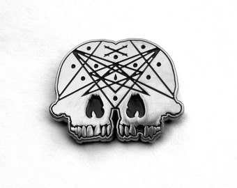 Conjoined Skull Pin