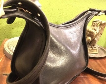 Coach Leather Handbag No. J9D-9950