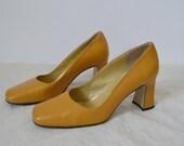 Vintage 70s shoes Yellow leather pumps Mod heels Square toe shoes Womens shoes Summer UK 3.5 US 6 EU 36.5