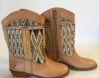 Leather Kilim zipper boots