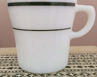 Pyrex Green Stripe mug