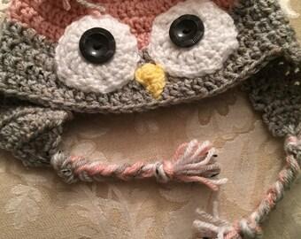Lt. pink/Lt. Gray Owl ear flap cap size cild