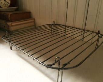 Vintage Wire Baking Rack Rustic Farmhouse Kitchen BREAD Cake Cooling Rack ELEVATED Square Metal Platform Industrial Bakeware Kitchenalia