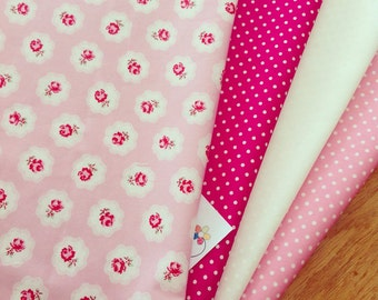 4 X Fat quarter bundle in pinks and floral fabric 100% cotton quality 3mm spot patchwork quilting